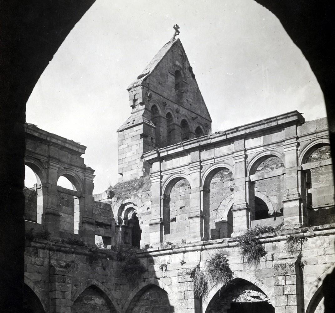 Belfry and high cloister