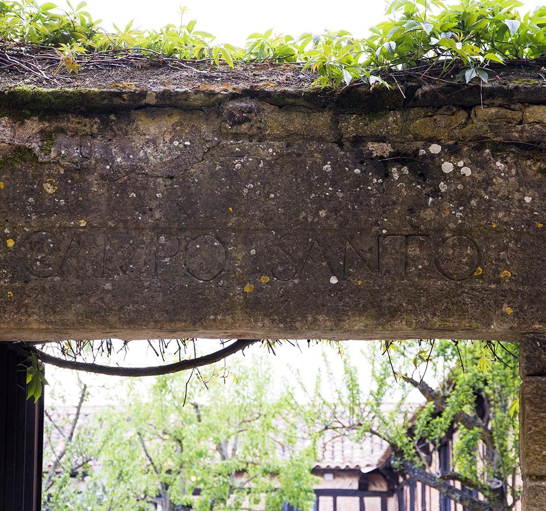 Cementerio monacal