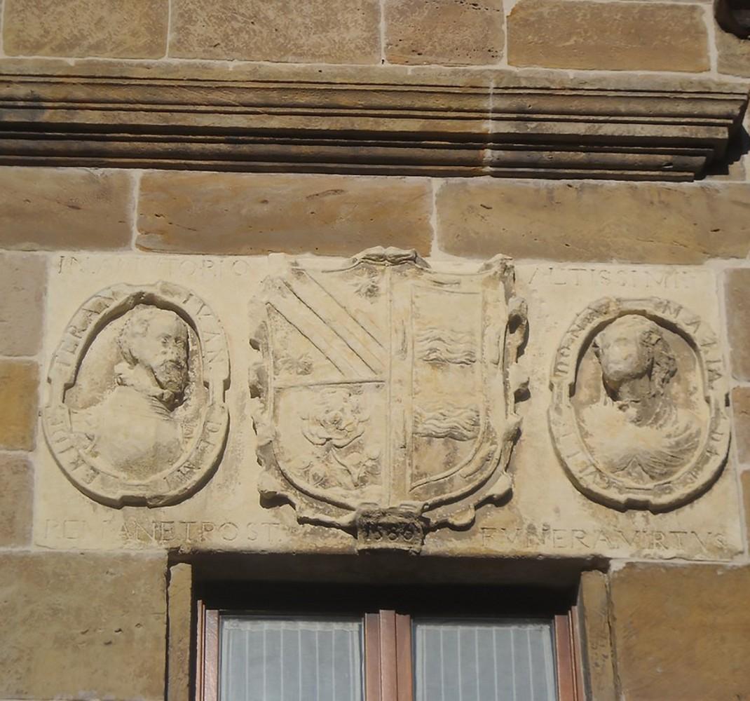 Escudo de la familia Villalobos - Solorzano