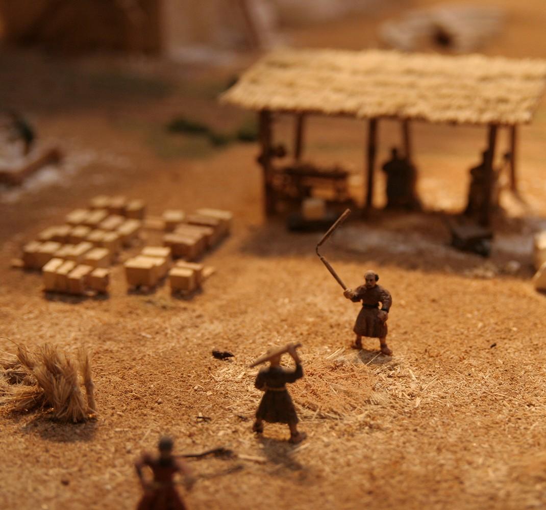 Maqueta de una aldea en tiempos del románico