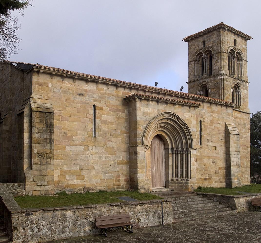 Maquetas de iglesias románicas