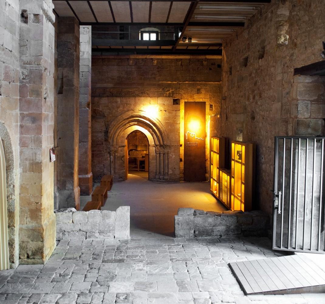 Inscripción en la fachada medieval